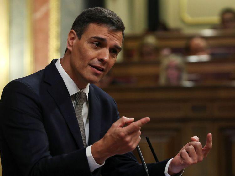 Pedro Sanchez Gibraltar 'Chandelier Bid'