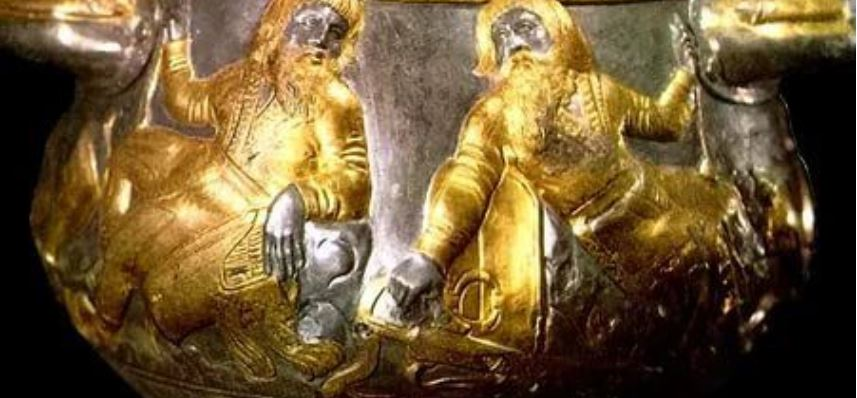 Crimea Scythian gold collection stuck in Amsterdam