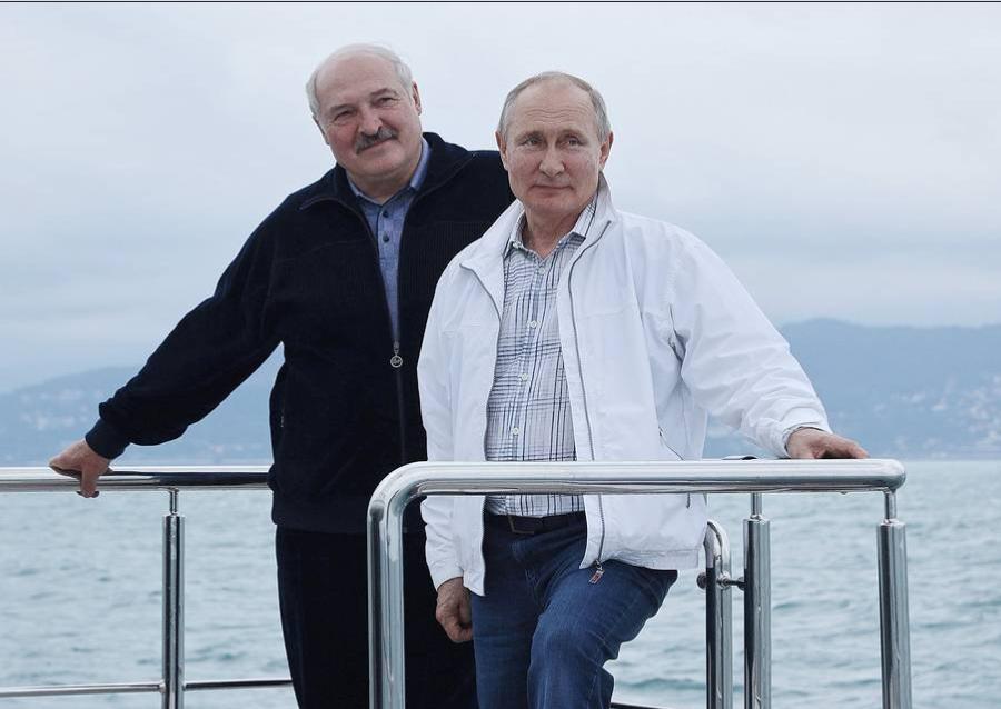 Putin supports Belaurs Belaviaairlines